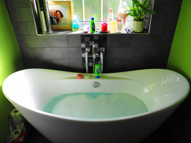What Are The Different Types of Sinks Available For Your Bathroom Remodeling Project?